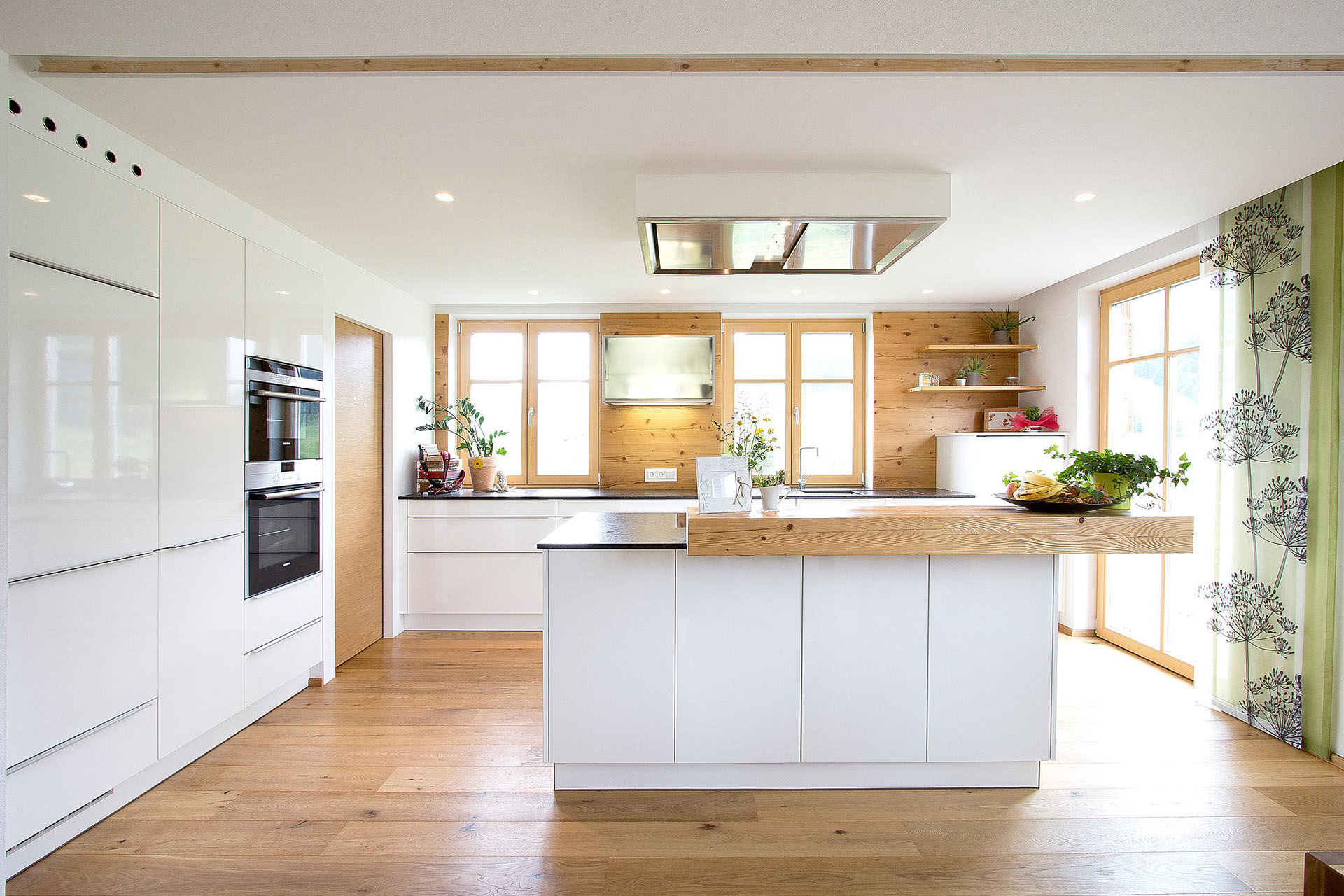 Mcp Carpinteria Especializados En Muebles A Medida Cocinas En